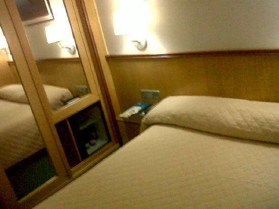 Font D'Argent Hotel: good quality sleep bed & minibar in the room