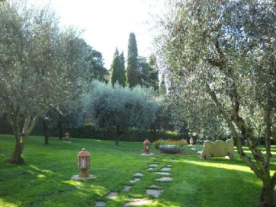 Sovana Hotel & Resort: Sovana Romantik Hotel & Resort - Garden