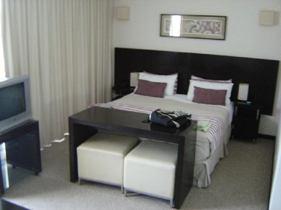 Espacia Suites: bedroom