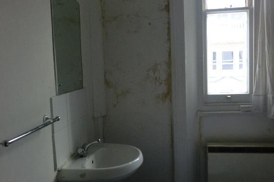 Acacia Hostel: l'immonde chambre au acacia hotel