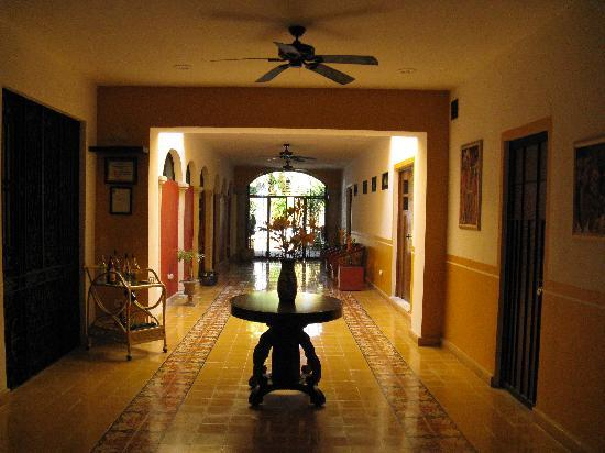 Luz En Yucatan: Main Level Hallway to Pool