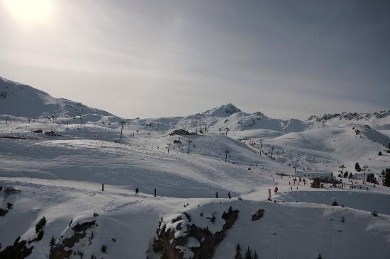Les Arcs, France : Pistes at 2000
