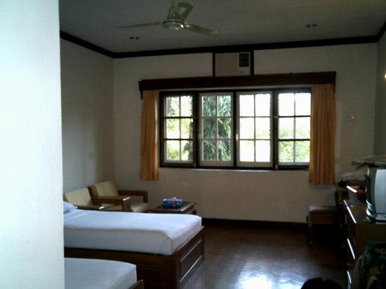 Arthawka  Hotel : inside room
