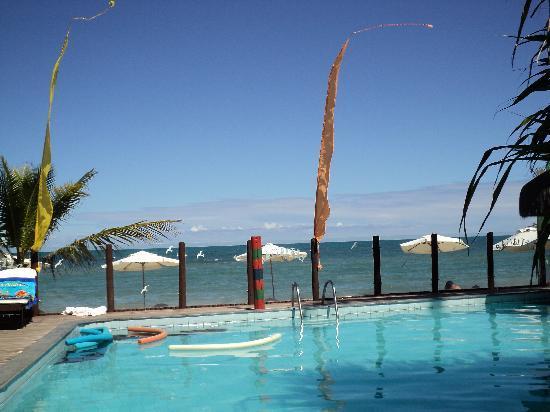 Beijamar Hotel : pileta al lado de la playa