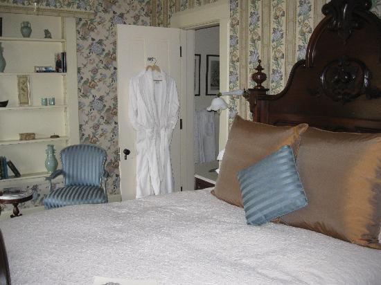 Jackson House Inn: Our room