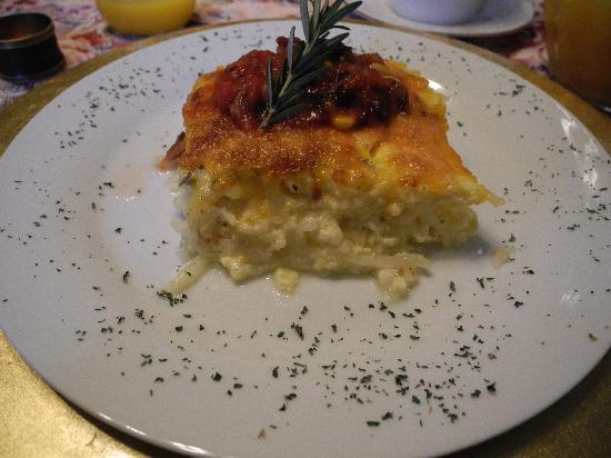 The McClelland-Priest Bed & Breakfast Inn: Egg frittata (Oven baked), Absolutely amazing!!!