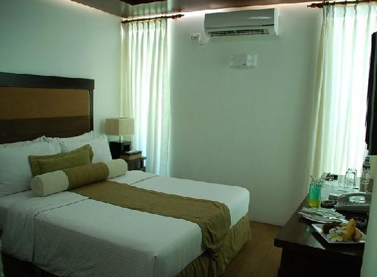 Acuatico Beach Resort & Hotel: Infinity Room