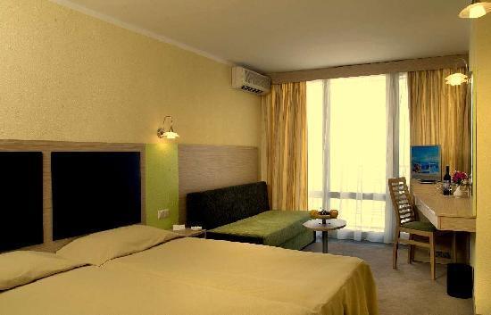 Albena, Bulgaria: Hotel Gergana - room