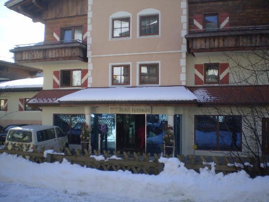 Hotel Kohlmais entrance taken from alongside the Kohlmais lifts just opposite