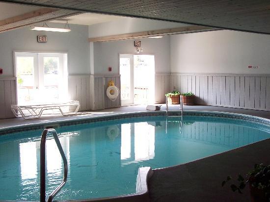 Water S Edge Inn Indoor Pool