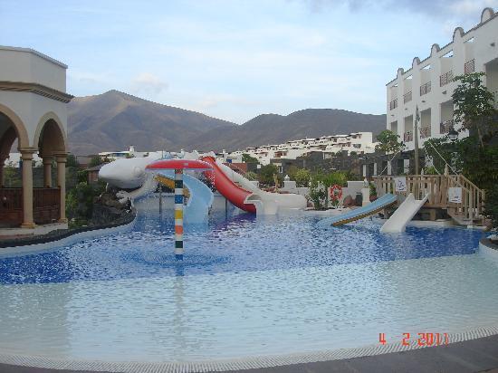 Gran Castillo Tagoro Family & Fun: Slide pool