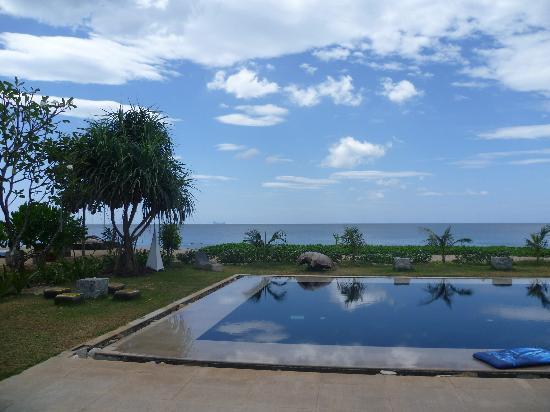 SriLanta Resort: Beautiful beach and location