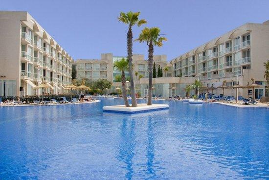 Eix Alzinar Mar Suites - Adults Only: PISCINA FACHADA