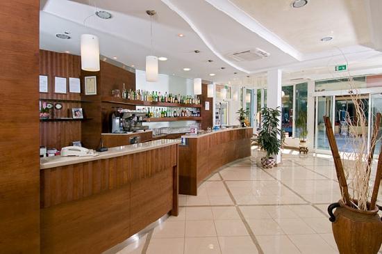 Hotel Lina : bar