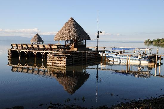 Izabal, Guatemala: THE BAR ON THE DOCK