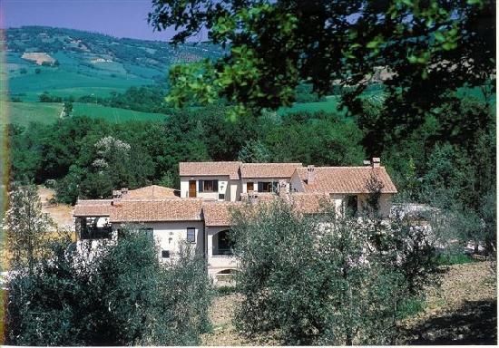 Saturnia, Italy: Hotel La fonte del Cerro a 400 metri dalle cascate