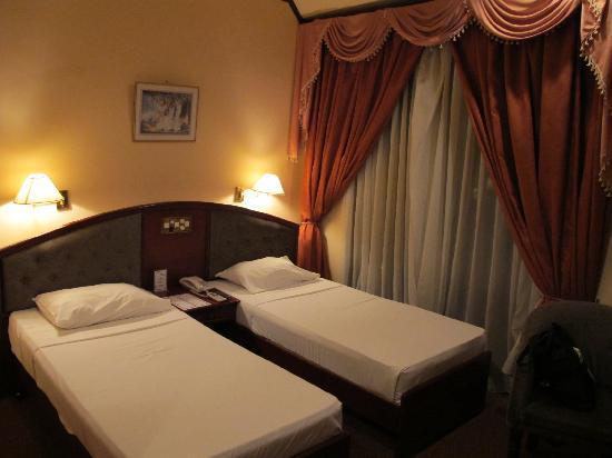 Hotel Devon : The twin bedroom