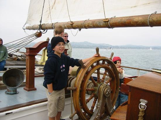 Дана-Пойнт, Калифорния: The Ocean Institute is home to two tall ships, the Pilgrim and the Spirit of Dana Point.