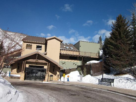 VRI Streamside at Vail - Cedar : Gust registration building