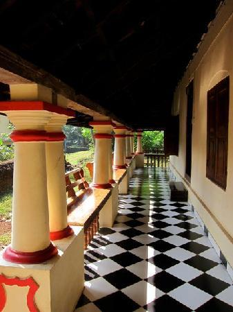 Good Olappamanna Mana: Veranda In The 150 Year Old House