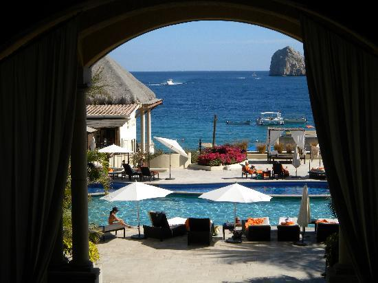 Casa Dorada Los Cabos Resort & Spa: View from the lobby looking out!