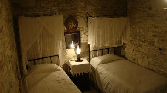 Gabriel House: The two single beds in the upper room