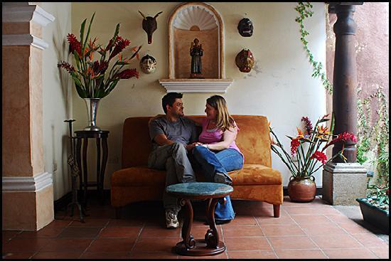 Hotel EuroMaya Suites: Sala de estar