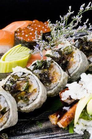 Sukothay: Tiger Maki, temaki y nigiri de salmón