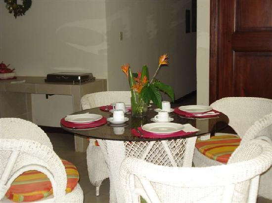 Hotel Maracas Inn: Desayunador