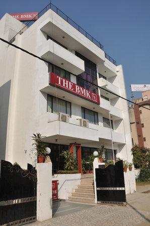 FabHotel BMK Greater Kailash: The BMK