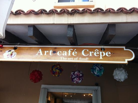 Tesoros Cafe & Curio Shop : art cafe