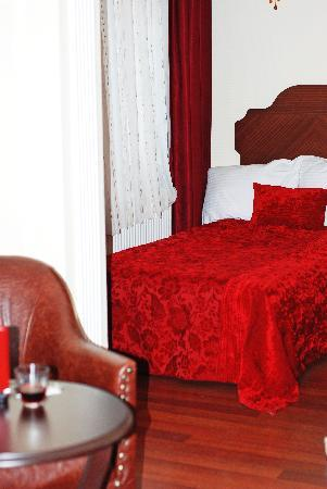 Asitane Hotel: Twin bed