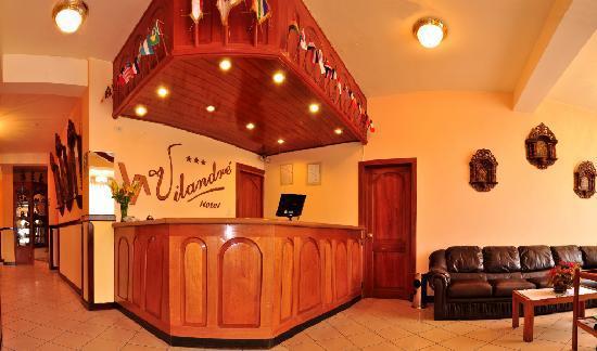 Hotel Vilandré: Front Desk