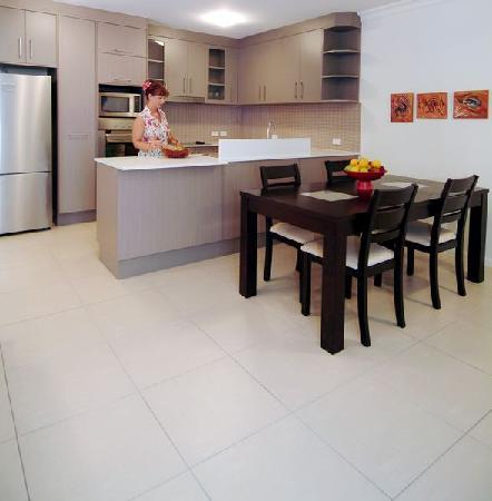 Elysium Apartments: Full size kitchen in 1, 2, & 3 bedroom apartments