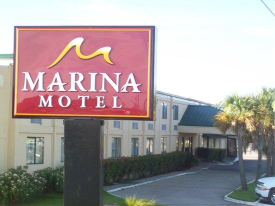 Marina Motel: Welcome!