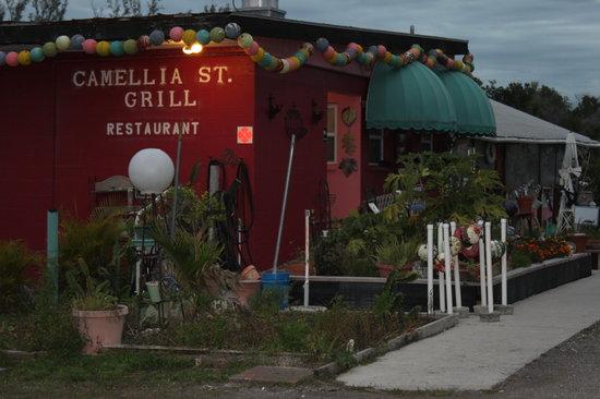 Camellia Street Grill: Camelia Street Grill