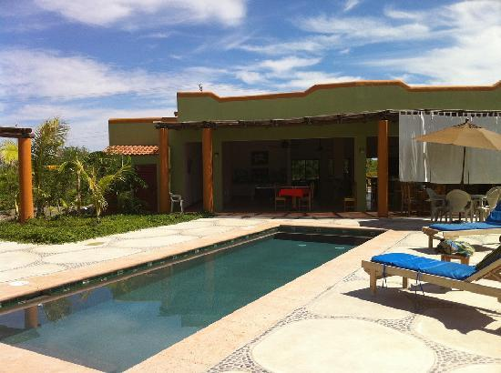 Los Barriles, Mexico: not a great photo - but a great pool!
