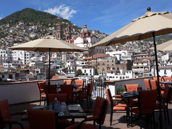 Boutique Pueblo Lindo: Bar with view of St Prisca