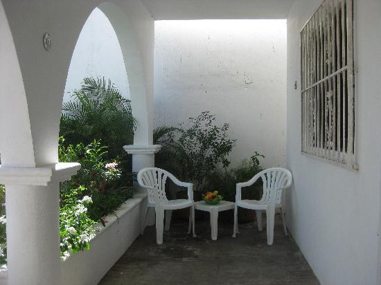 IslaMar Vacation Villas: Roomy porches outside each villa for enjoying Cozumel's tropical weather!