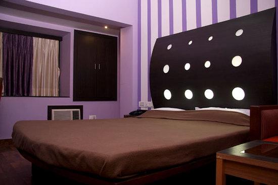 Photo of Hotel Trimoorti Kolkata (Calcutta)