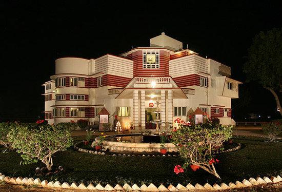 Karni Bhawan Palace