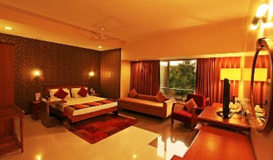Photo of Hotel Woodland Pune