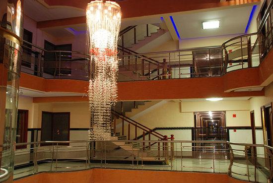 Hotel Dew Drops: Galleries