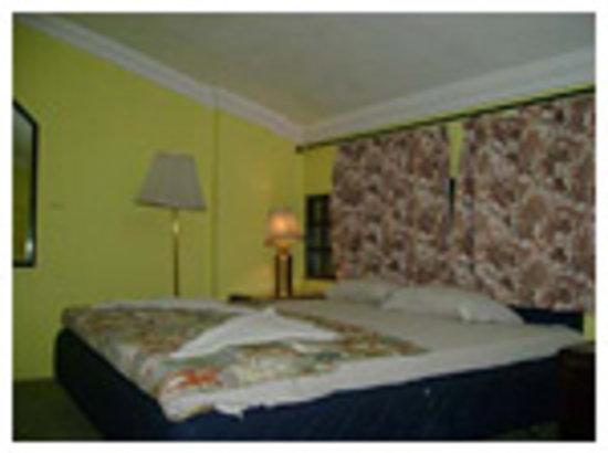 Hotel Meera Madhav