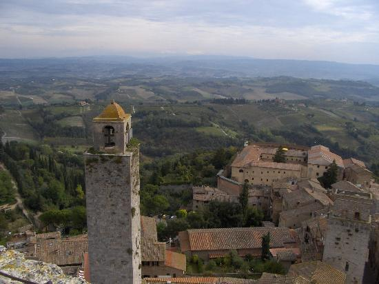 Agriturismo Guardastelle: View of Tuscany from San Gimignano bell tower