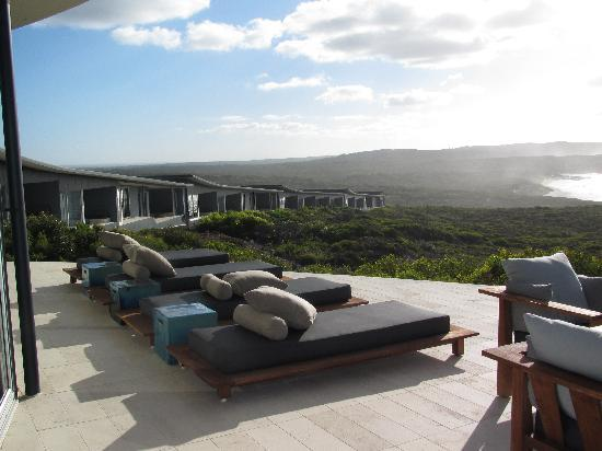 Southern Ocean Lodge: Sun beds on patio
