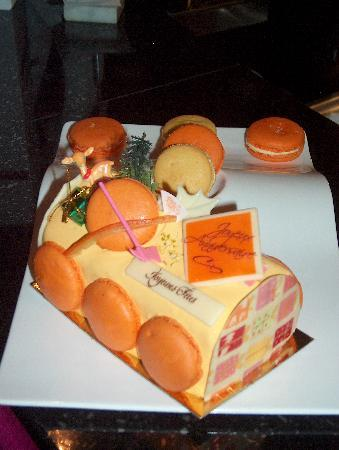 O VIP Restaurant: Buche Ananas Mandarine o vip 12/2010