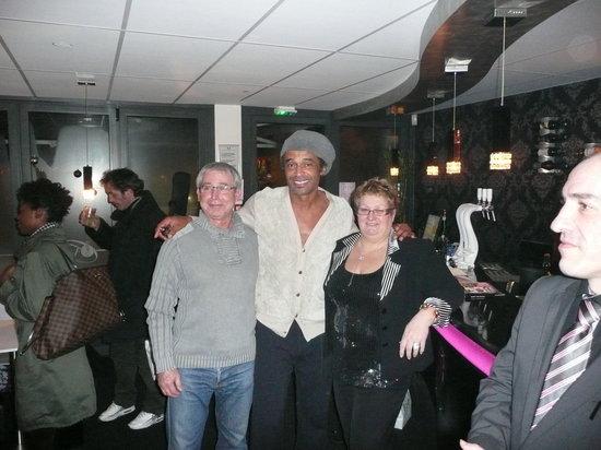 O VIP Restaurant: Yannick Noah & La Directrice