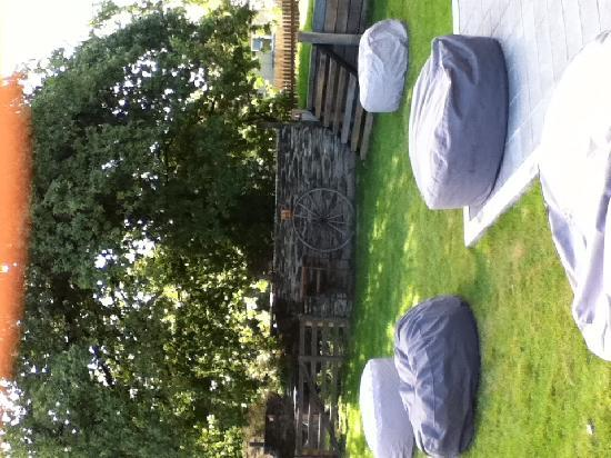 Luggate Hotel: Relax on our bean bags in the garden bar