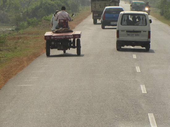 'Bhotbhoti', the local vehicle carrying tourists to Talsari